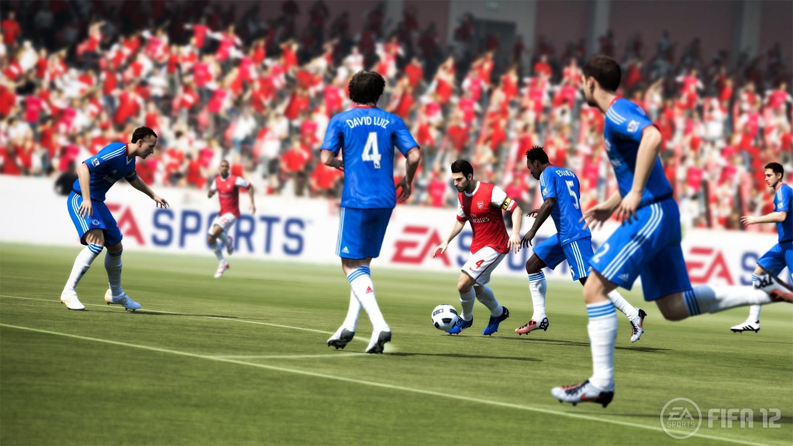 Taktischere Tacklings, präzisiere Dribblings - FIFA 12 fühlt sich freier an.