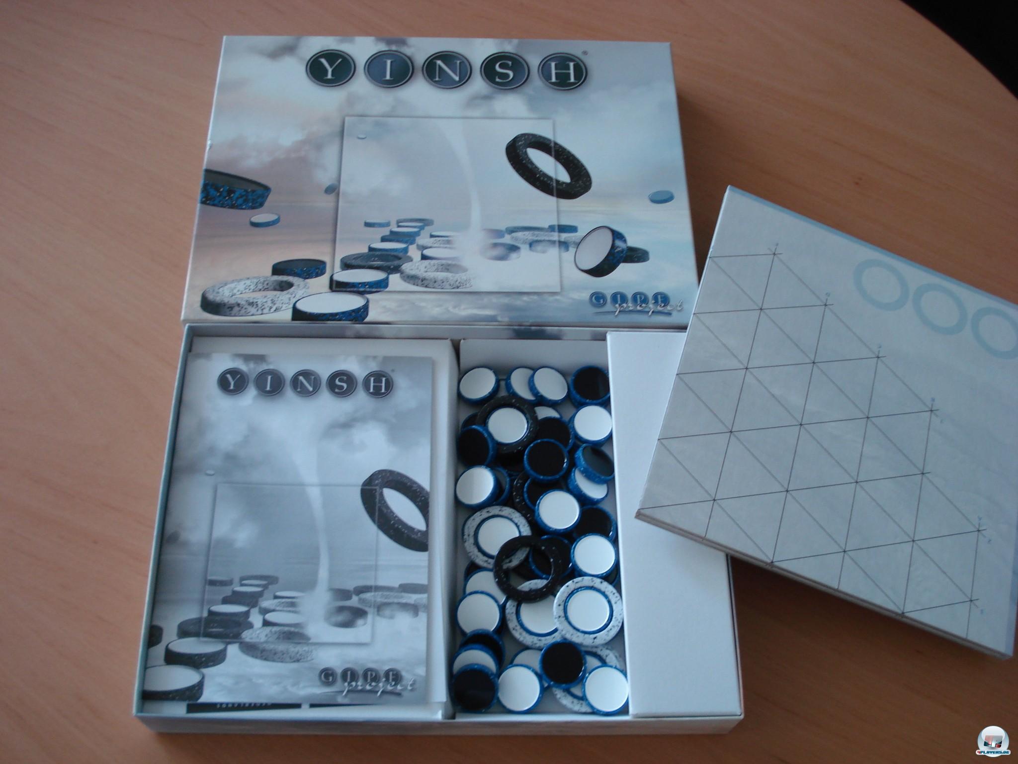 Yinsh ist ein Strategiespiel für zwei Personen, bei Don & Co für knapp 60 Euro erhältlich.
