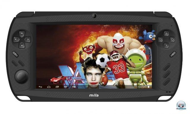 <b>Miia GameTAB7</b><br><br> Eine ähnliche Strategie verfolgt das Miia GameTAB 7 mit Android 4.0, welches in Italien für 120 Euro angekündigt wurde. Hier gibt es allerdings nur einen Analogstick und eine Auflösung von 800 x 480 Pixeln. Auch der veraltete Prozessor Cortex A8 und der Grafikchip Mali 400 dürften die Produktionskosten niedrig halten. 92438027